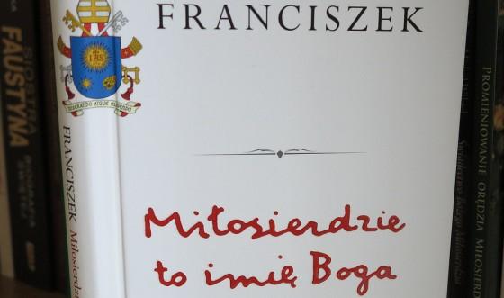 Ksiazka papieza Franciszka