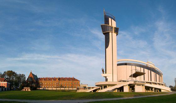 Sanktuarium Bozego Milosierdzia w Krakowie-Lagiewnikach - panorama
